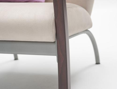 moments production seating collection_zetel Cadiz_moments furniture