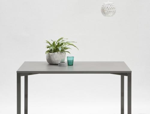 moments production seating collection_moments furniture_tafel Una