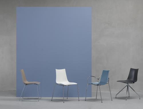 Discover by moments_stoel_Zebra Technopolymer_moments furniture